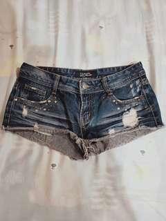 鉚釘牛仔短褲深藍
