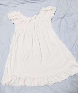 🚚 Why and 1/2白色公主袖荷葉邊露背洋裝9號125cm