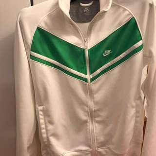 Nike sweater zipper jacket size LG