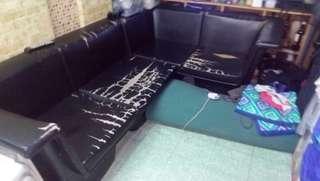 Sofa L Shape Black (Free)