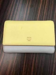 🚚 Authentic MCM medium wallet