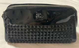 Burberry cosmetic pouch (preloved)