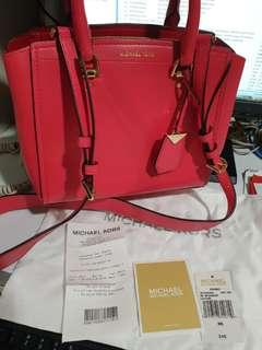 REPRICED MICHAEL KORS BAG (💯AUTHENTIC)