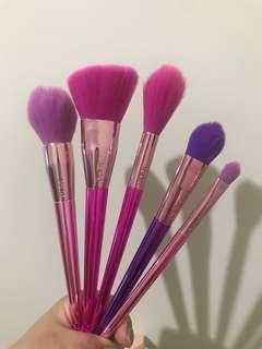 Tarte fairy wings brush set