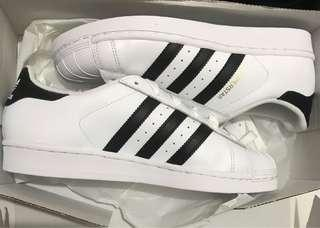 Adidas Superstar J size 38