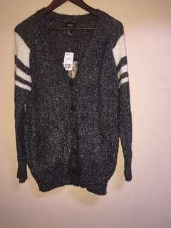 Forever 21 cardigan bnew w tags small to medium wool knitted like coverup