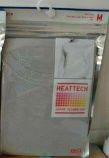 Uniqlo HeattechM保暖,每件50正貨