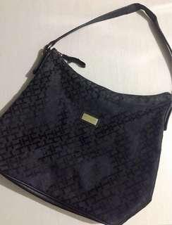 💁🏻♀️TOMMY HILFIGER Hobo Bag