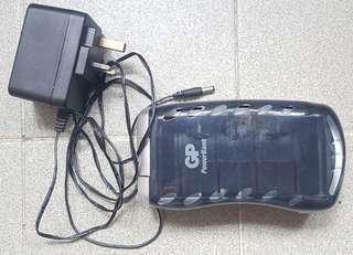 GP 萬用充電器