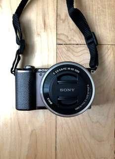🚚 Sony a5100