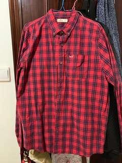 Hollister 紅色格仔恤衫