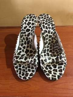 Leopard Hand made shoes