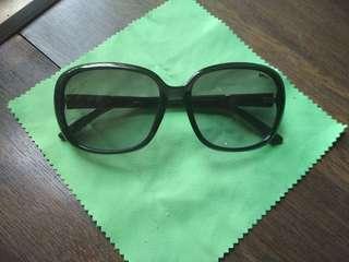 🚚 Sunglasses Opium