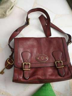 🚚 Authentic Fossil leather bag