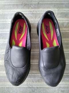 Black Skechers Shoes - GoWalk 4 (Not Adidas / Nike / Coach / Crumpler).