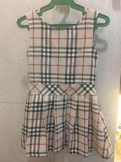 Burberry dress ages 3 to 6yo