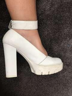 Platform white boots