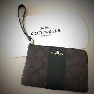 BN Coach Wrislet