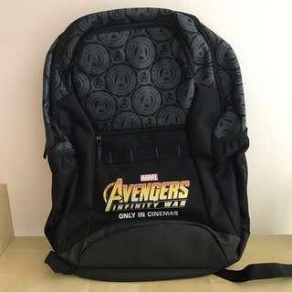 🚚 Avengers Infinity War backpack