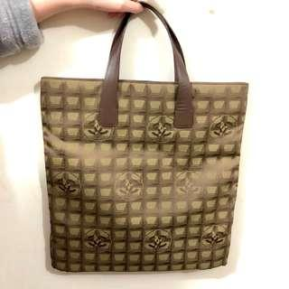 Chanel 啡綠色綠帆布tote bag