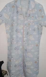 Piyama baju tidur