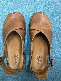 Diu日本平底鞋(size: L)