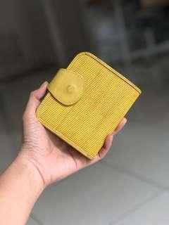 Dompet wallet kuning lipat vintage original Kaiyo
