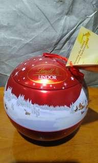 Lindt LlNDOR 聖誕球朱古力 96g