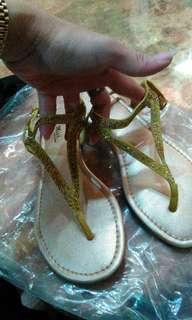 🚚 專櫃鑲鑽涼鞋