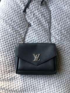 Louis Vuitton My Lock Me BB