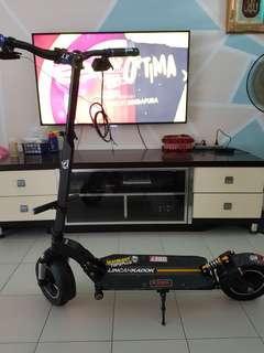 Darknight escooter body frame