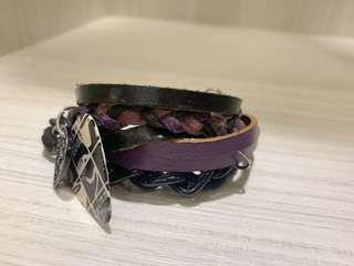 🚚 New noise 皮革鍊飾個性手環