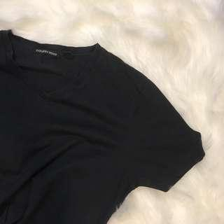 Country road black t