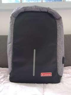 🚚 Laptop bag / Anti theft bag
