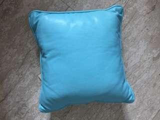 🚚 Blue cushion brand new 28cm x 28cm
