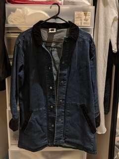 Denim jacket oversize fitting