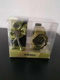Casio G-Shock GD-100PS-3 Playset Product Army Green With Toy