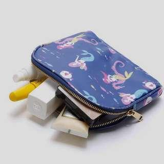 🚚 Small waterproof Mermaid cosmetic pouch with zipper