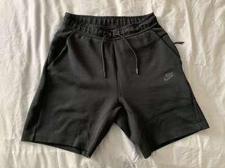 Nike Tech Fleece Shorts (sz small)