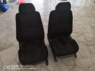 IS200 seat