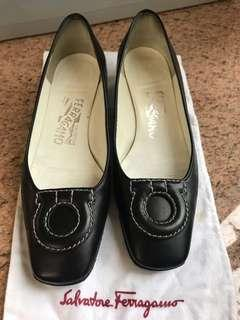 Salvatore Ferragamo Shoes  5 1/2C
