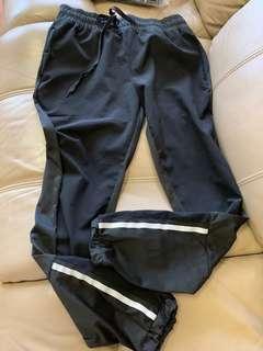透氣運動褲