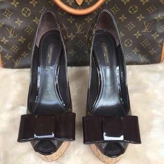 LOUIS VUITTON Authentic shoes
