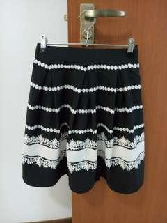 10 Size M Skirts