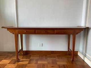 Sidetable with drawers