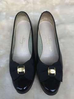 SALVATORE FERRAGAMO AUTHENTIC shoes