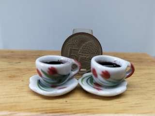 🚚 Dollhouse Miniature : 2 coffee , cup and saucer