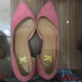 Sepatu pink high heels the little things