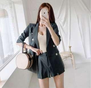 🚚 A7852韓國時尚OL排扣西裝外套+短褲 套裝