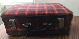 Luggage (旅行喼)